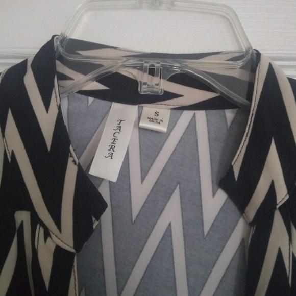 Tacera Dresses & Skirts - Mid-Sleeve V-Neck Buttoned Dress with Belt